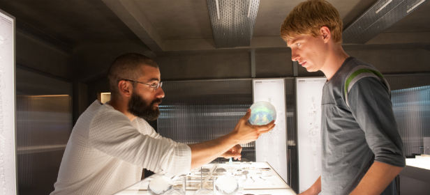 Oscar Isaac and Domhnall Gleeson talk AI in Ex Machina