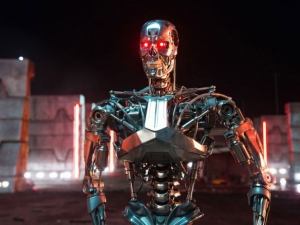 Terminator: Genisys T-800 new picture stares us down