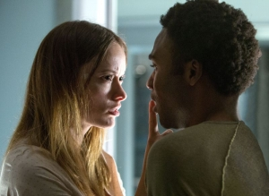 The Lazarus Effect new pictures hide from Olivia Wilde