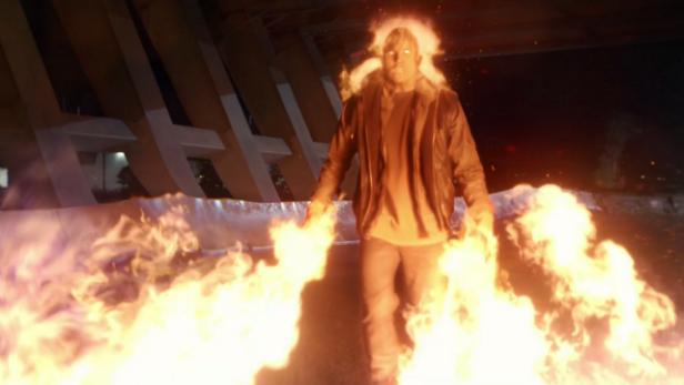 Firestorm Robbie Amell
