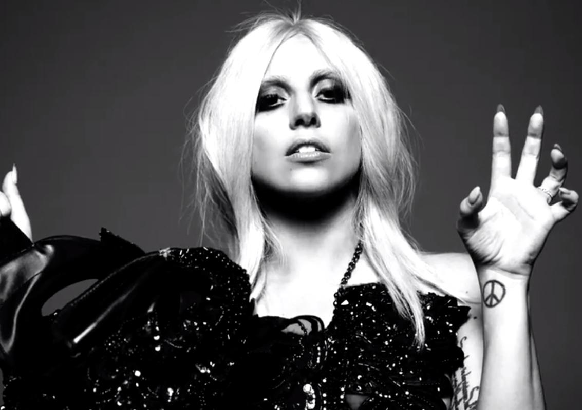 Lady Gaga vamping her way into American Horror Story: Hotel
