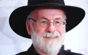 Sir Terry Pratchett dies aged 66