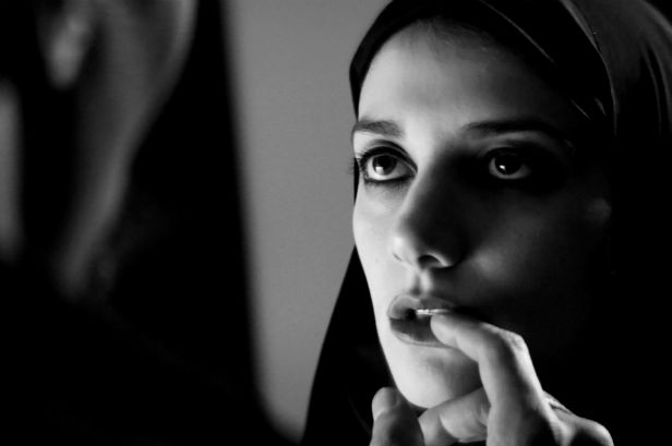 A Girl Walks Home Alone At Night 1
