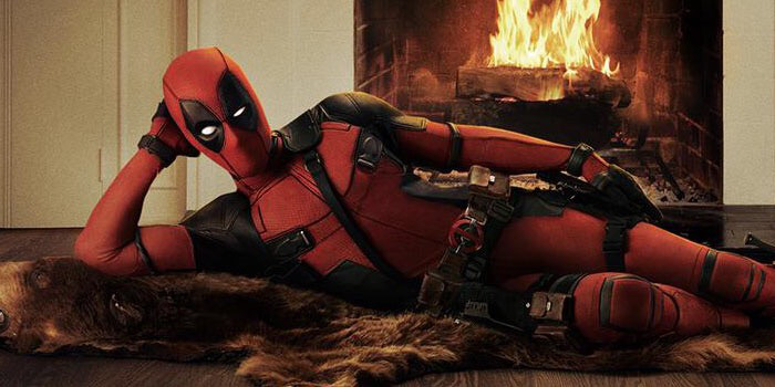 Ryan Reynolds in the Deadpool costume