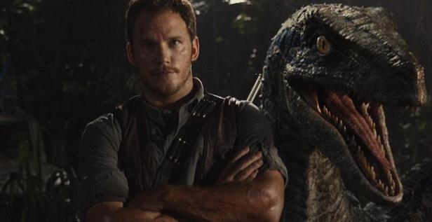Chris Pratt and Raptor friend in Jurassic World