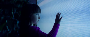 Poltergeist remake new clip shows the classic secene