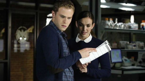 Iain De Caestecker and Elizabeth Henstridge as Fitz and Simmons in Marvel's Agents Of SHIELD