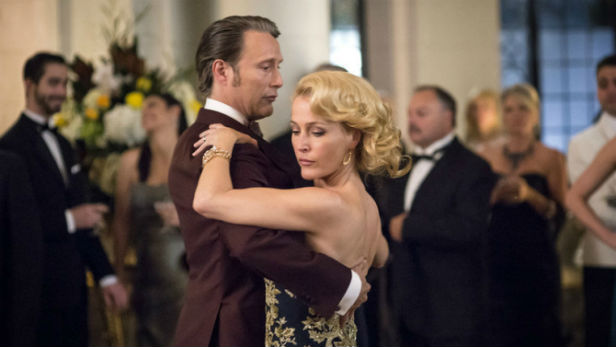 Mads Mikkelsen and Gillian Anderson as Drs Lecter and Du Maurier in Hannibal Season 3