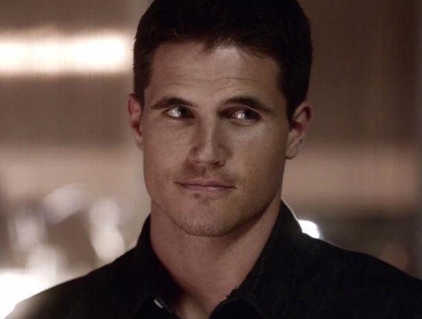 Robbie Amell X Files