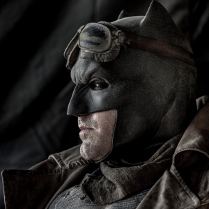 Batman v Superman: new Batfleck photo revealed