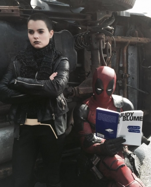Deadpool hangs with Negasonic Teenage Warhead in new pic