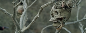 Bone Tomahawk trailer horror western promises death