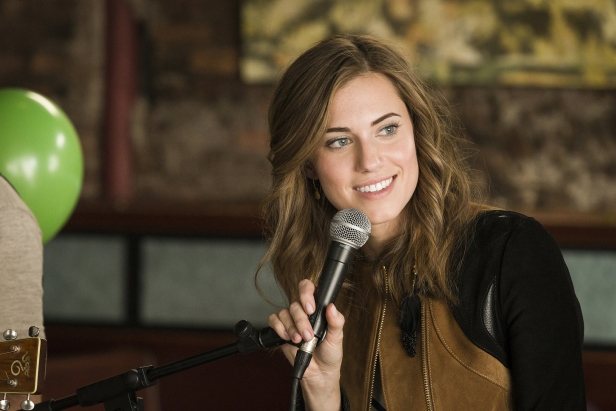 Allison Williams as Marnie in Girls