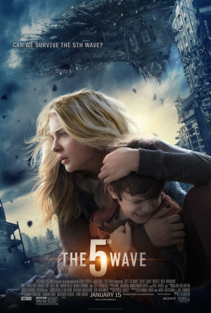The 5th Wave new poster Chloë Grace Moretz survives