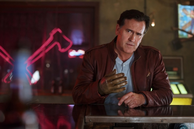 4884590-bruce-campbell-as-ash-episode-101-1024x683