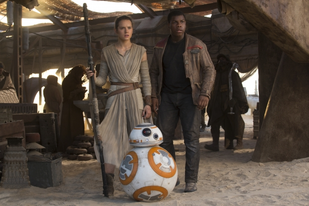 Star Wars: The Force Awakens..L to R: Rey (Daisy Ridley) and Finn (John Boyega)..Ph: David James..? 2015 Lucasfilm Ltd. & TM. All Right Reserved.