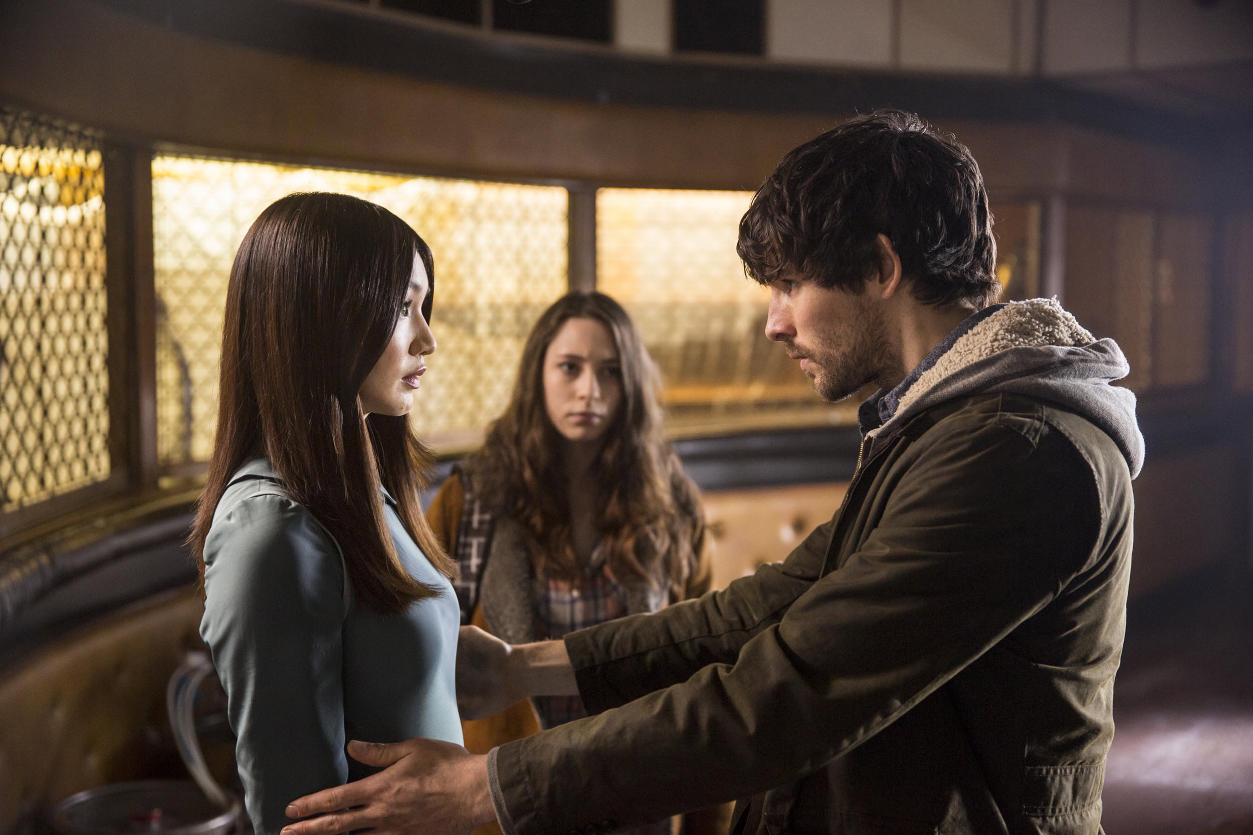 Humans Episode 5 screenshot