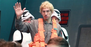 Kylo Ren goes Undercover Boss in hilarious SNL clip