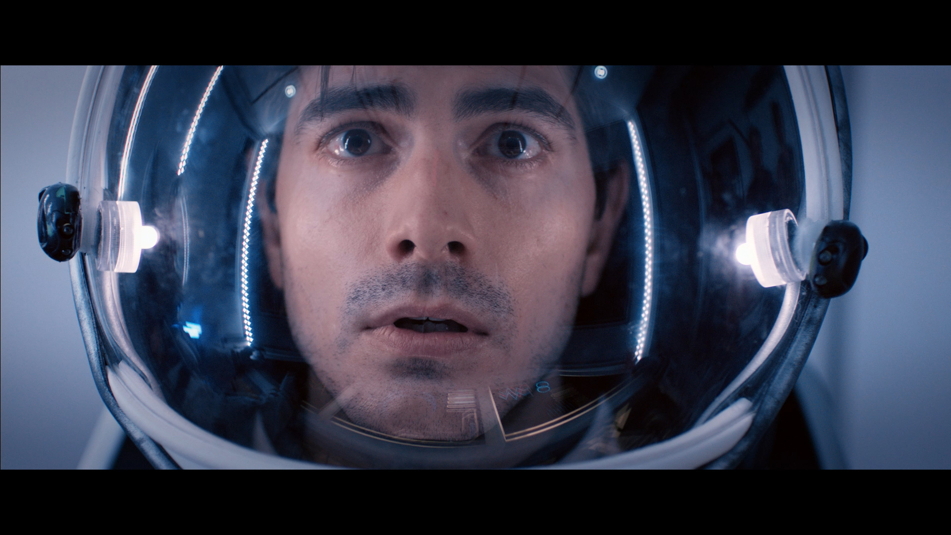 400 Days Film Review Space Terrors Scifinow The World
