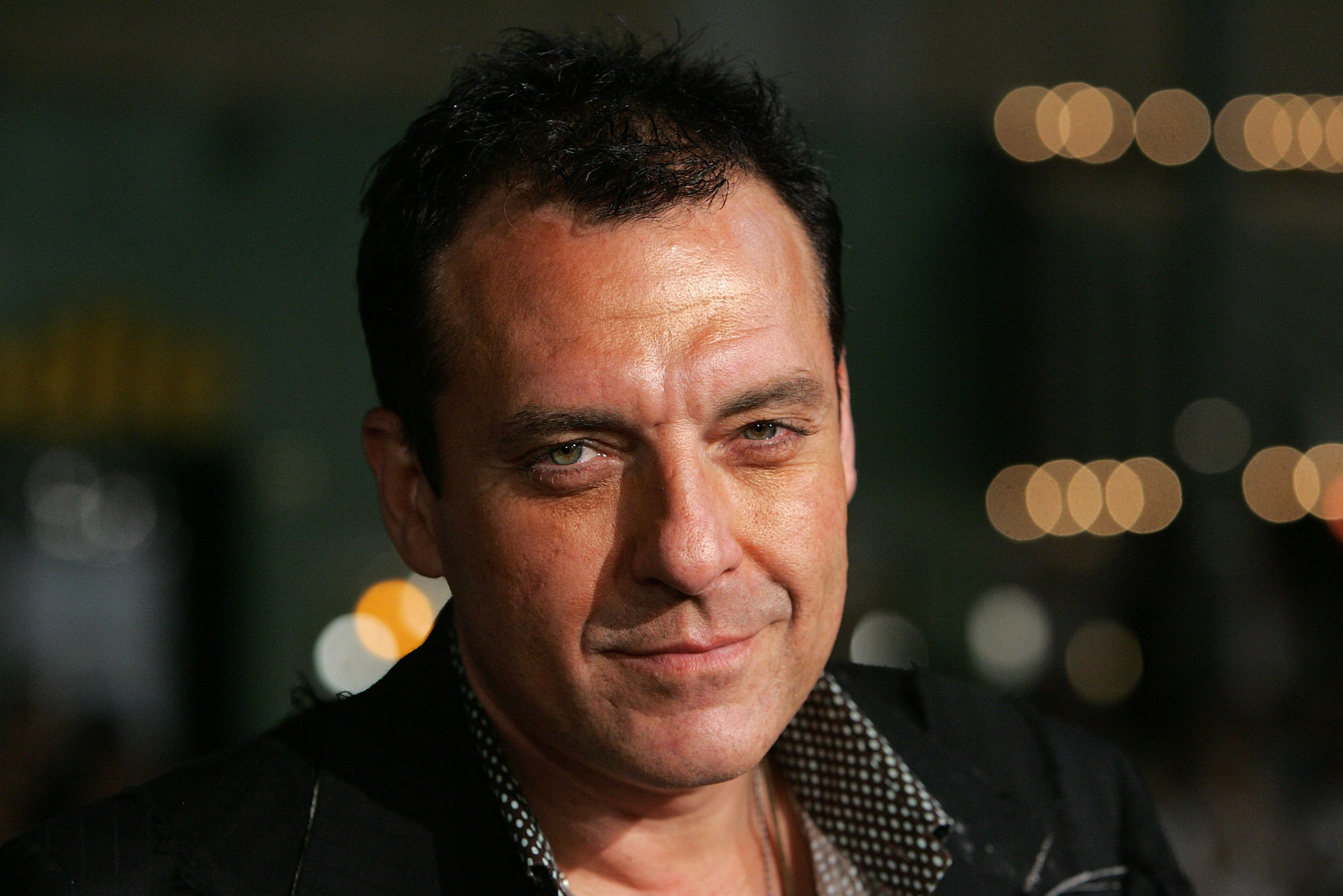 "WESTWOOD, CA - NOVEMBER 05:  Actor Tom Sizemore arrives at the  Paramount Vantage premiere of ""Babel"" held at the FOX Westwood Village theatre on November 5, 2006 in Westwood, California.  (Photo by Frazer Harrison/Getty Images)"