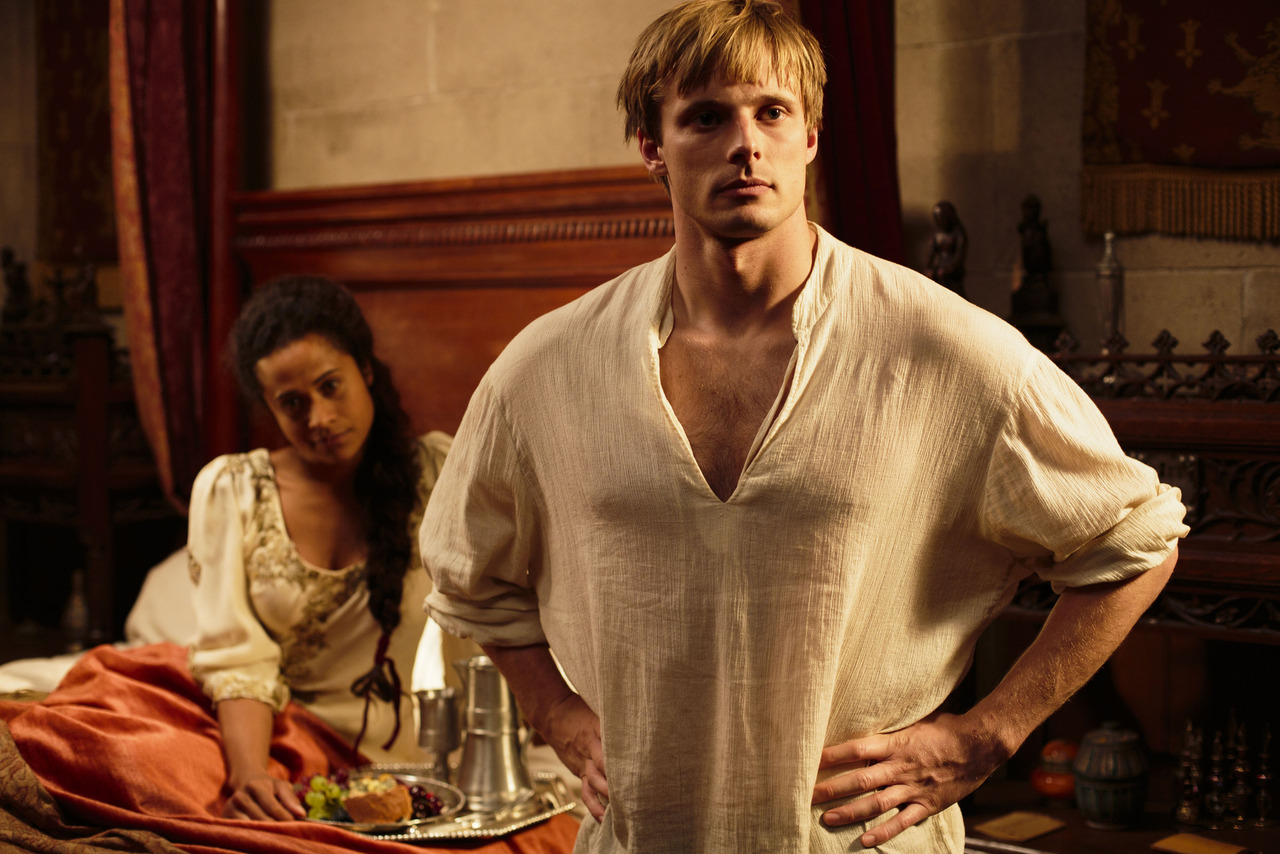 Programme Name: Merlin - TX: 08/12/2012 - Episode: n/a (No. 10) - Embargoed for publication until: 01/12/2012 - Picture Shows: Gwen (ANGEL COULBY), King Arthur Pendragon (Bradley James)( - (C) Shine - Photographer: Nick Briggs