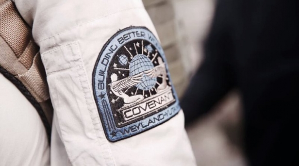 20th-century-fox-reveal-official-alien-covenant-weyland-yutani-crew-emblem-29