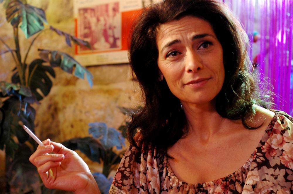 POMEGRANATES AND MYRRH, (aka AL-MOR WA AL RUMMAN), Hiam Abbass, 2008
