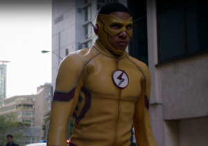 The Flash Season 3 trailer turns Earth upside down