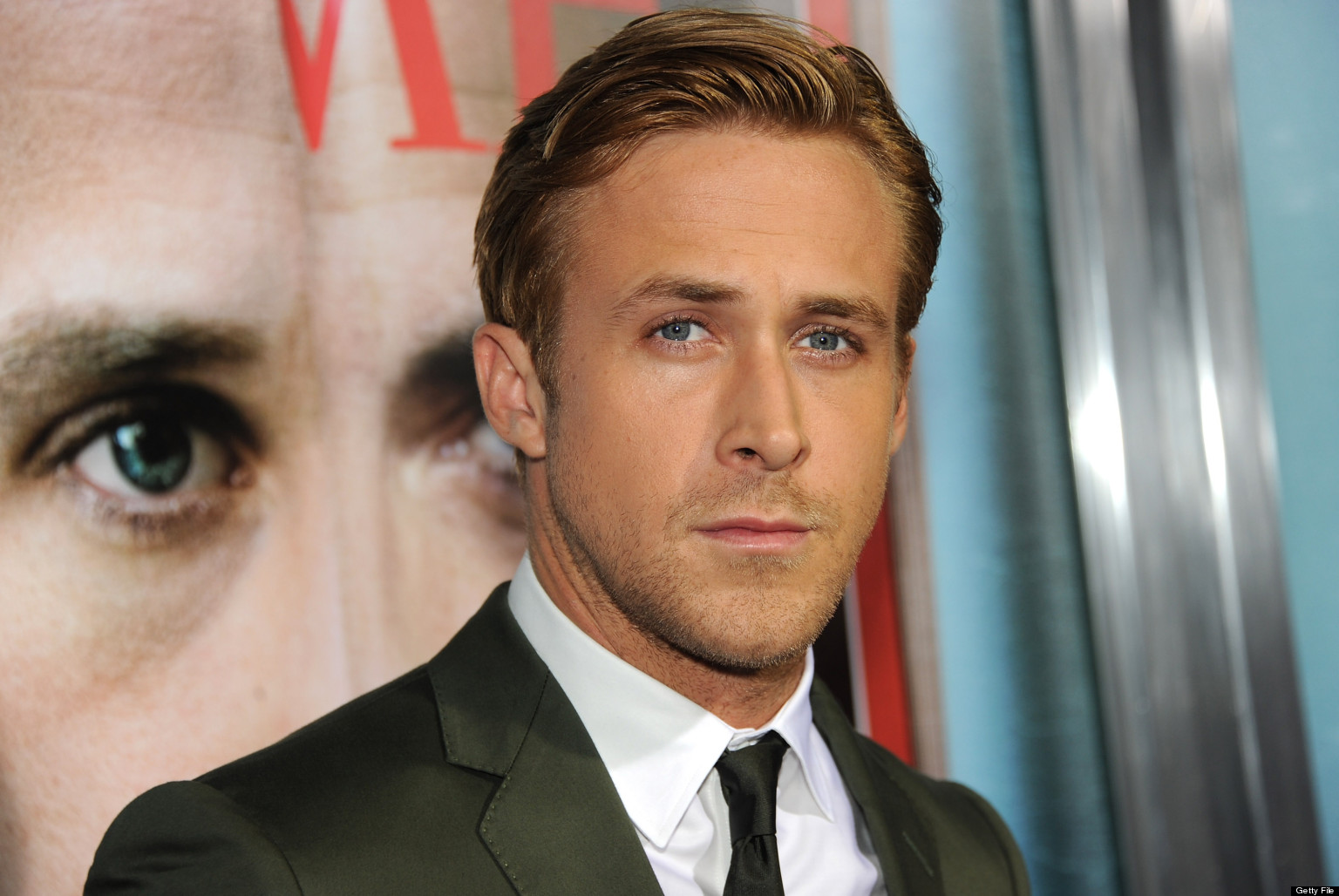 BEVERLY HILLS, CA - SEPTEMBER 27:  Actor Ryan Gosling attends the Premiere of Columbia Pictures'
