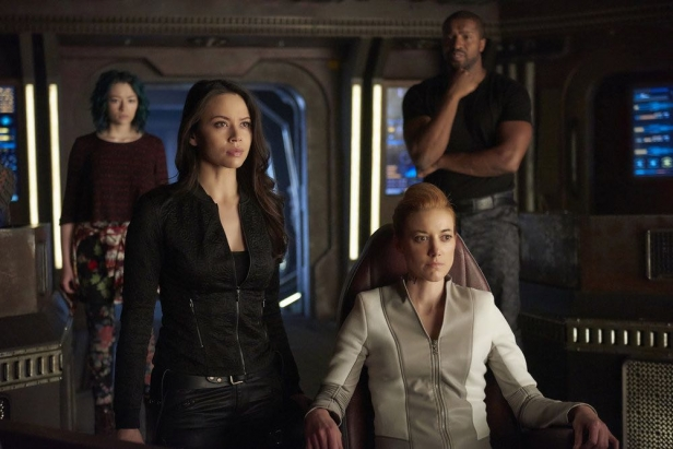 """DARK MATTER -- """"She's One of Them Now"""" Episode 207 -- Pictured:  (l-r) Melissa O'Neil as Two, Zoie Palmer as The Android -- (Photo by: Russ Martin/Prodigy Pictures/Syfy)"""