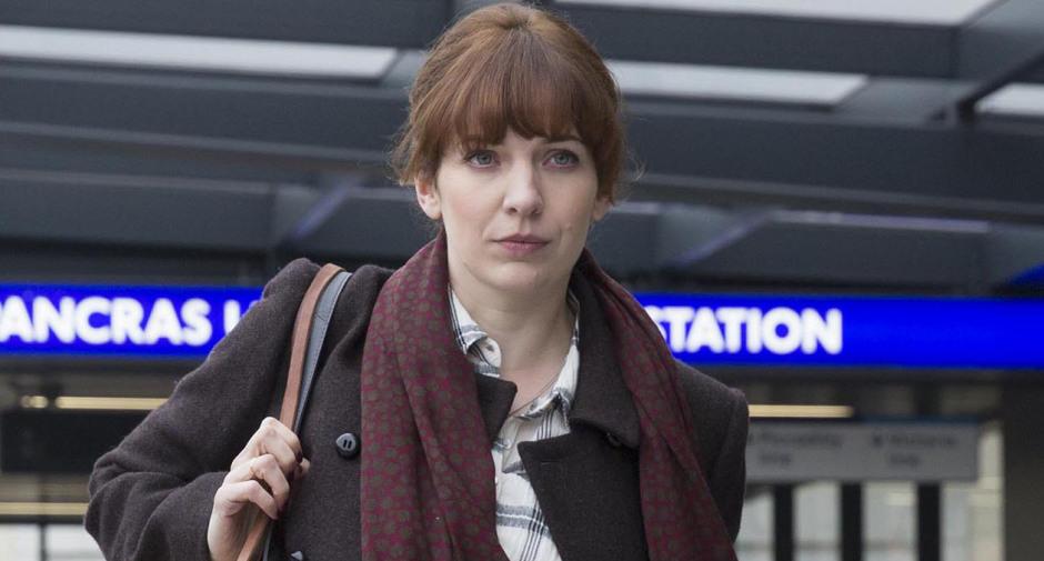 Episode 1. Laura Hawkins (Katherine Parkinson)