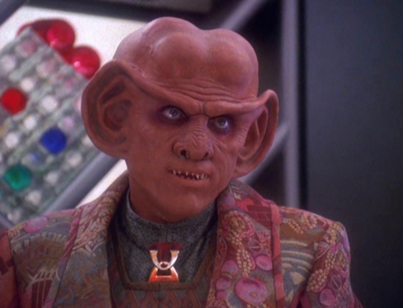 quark-ferengi-deep-space-nine-ds9