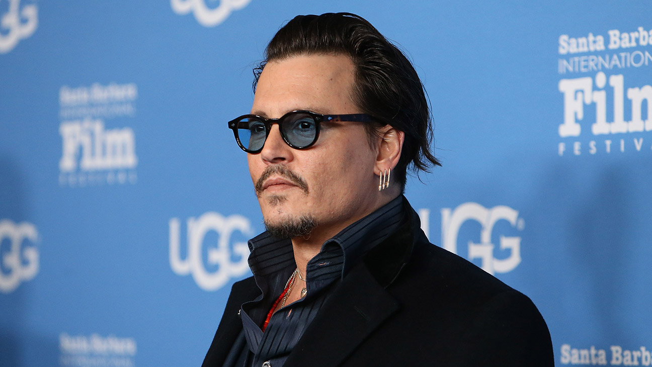 SANTA BARBARA, CA - FEBRUARY 04:  Johnny Depp arrives at the Maltin Modern Master event during The 31st Santa Barbara International Film Festival held at Arlington Theatre on February 4, 2016 in Santa Barbara, California.  (Photo by Michael Tran/FilmMagic)