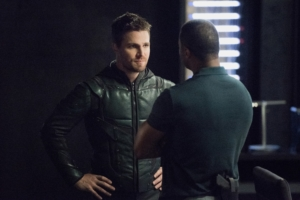 "Arrow Season 6 ""will be thinking about the end game"""