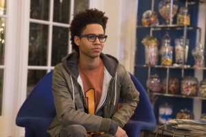 Marvel's Runaways new stills give the kids a proper introduction