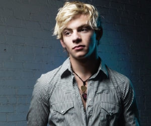 Netflix's Sabrina series casts Ross Lynch as Harvey Kinkle