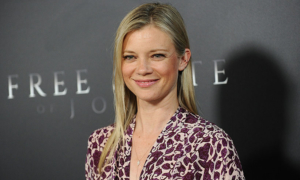 DC Universe's Stargirl adds Amy Smart as Stargirl's mum and more