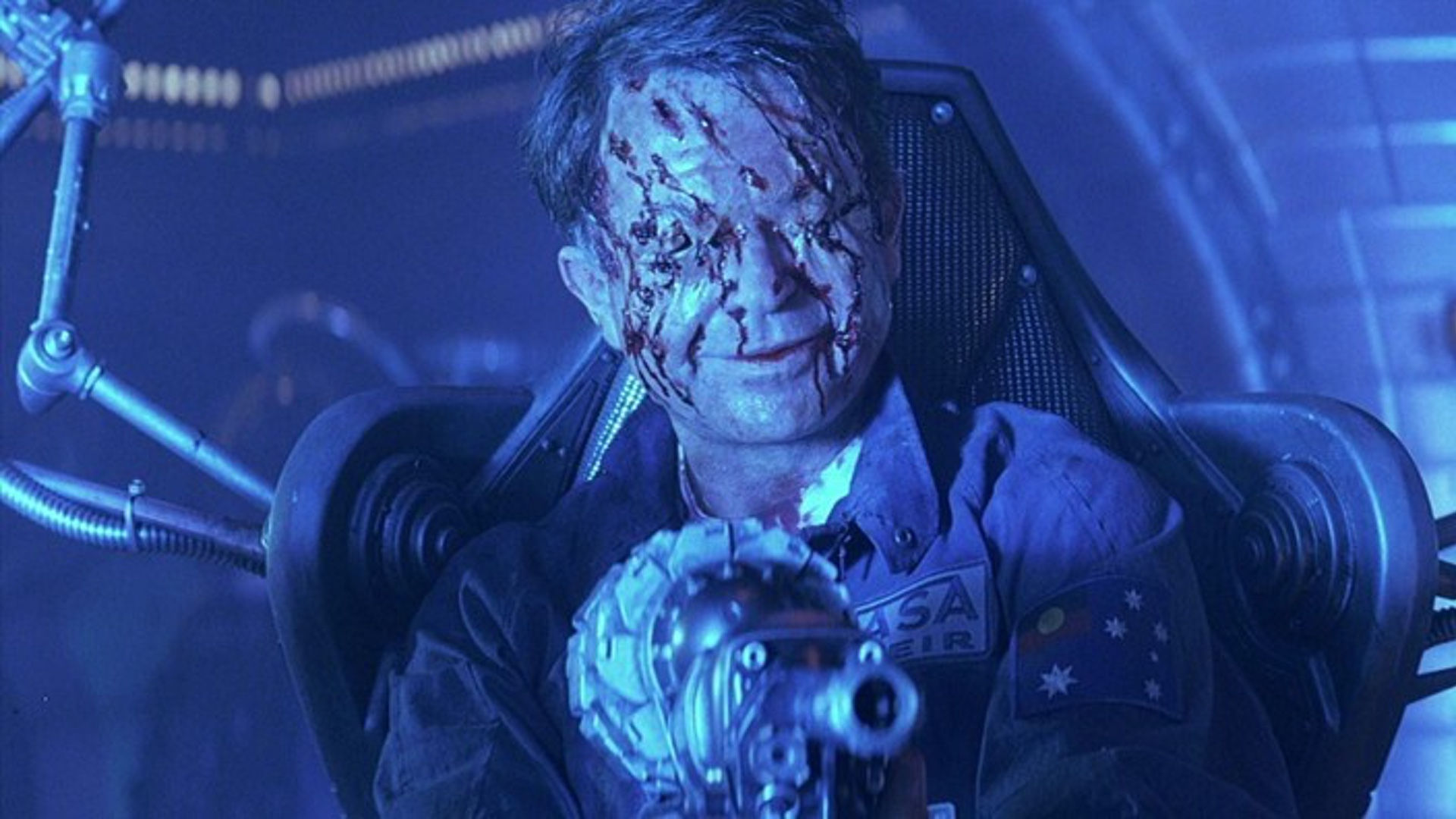 Is Event Horizon actually disturbing or are we just scared ... |Sam Neill Event Horizon